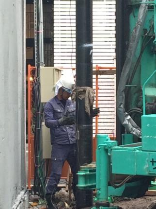 大阪鋼管杭工事
