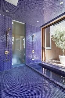 石切りの家製作浴室