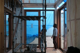 東大阪石切りの家の木サッシ