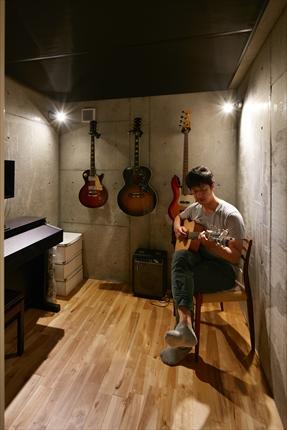 音楽室 (1)