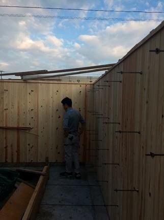 福山の家杉板型枠の塀