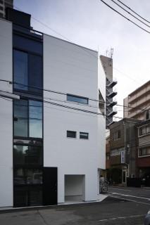 大阪上本町の家