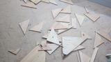 三角の破片