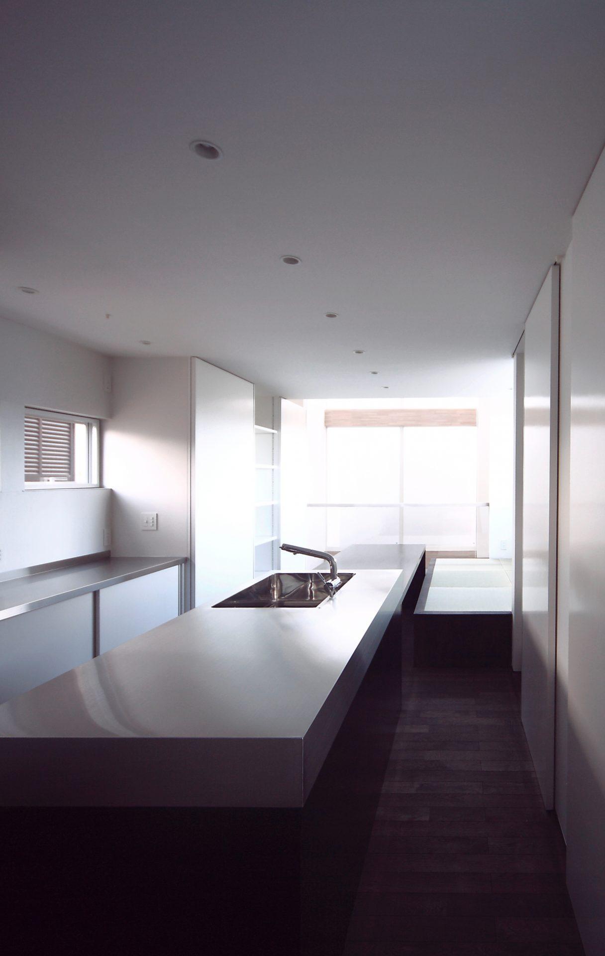 三重伊賀の家のキッチン