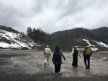京都:採石場へ