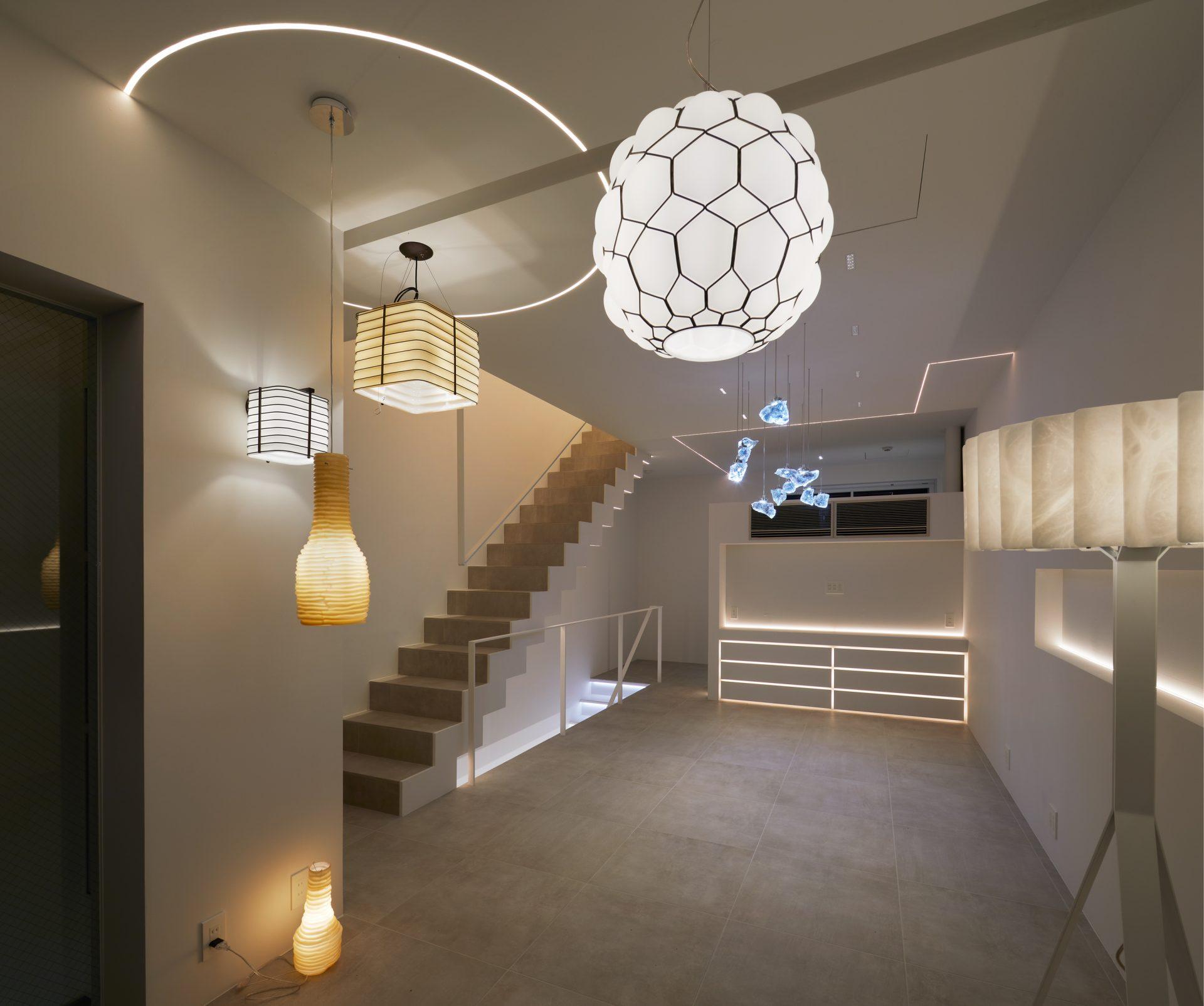 京都KKDCJapanの2階ショールーム(夜景)