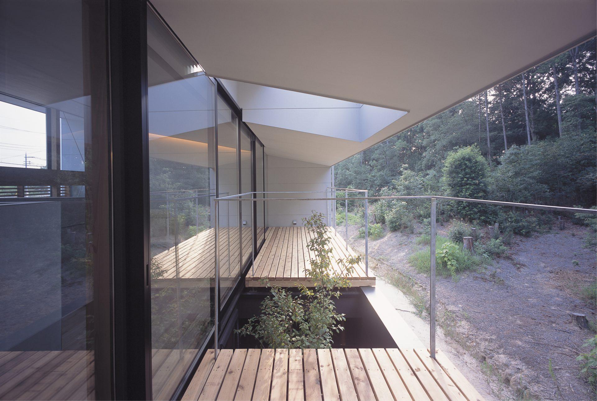奈良登美ヶ丘の家のバルコニー02