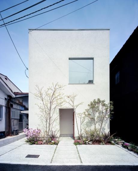大阪の狭小住宅の外観