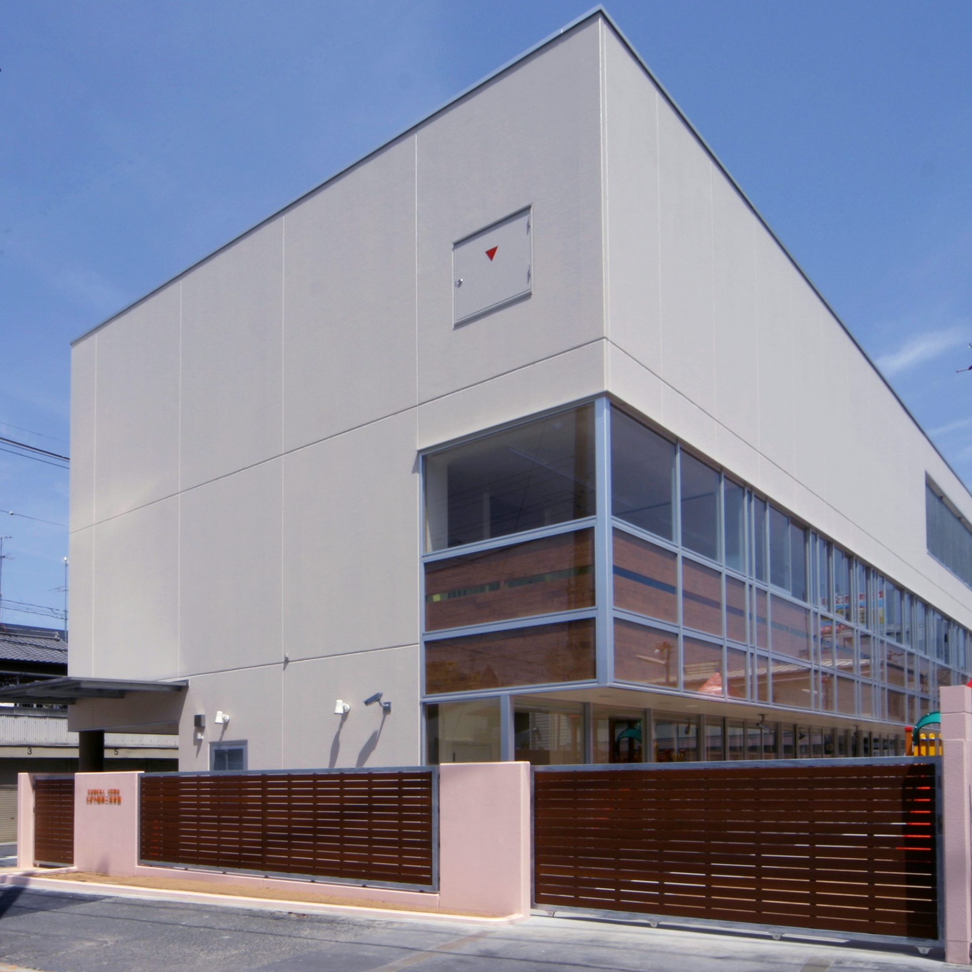 大阪むぎの穂第2保育園の外観01