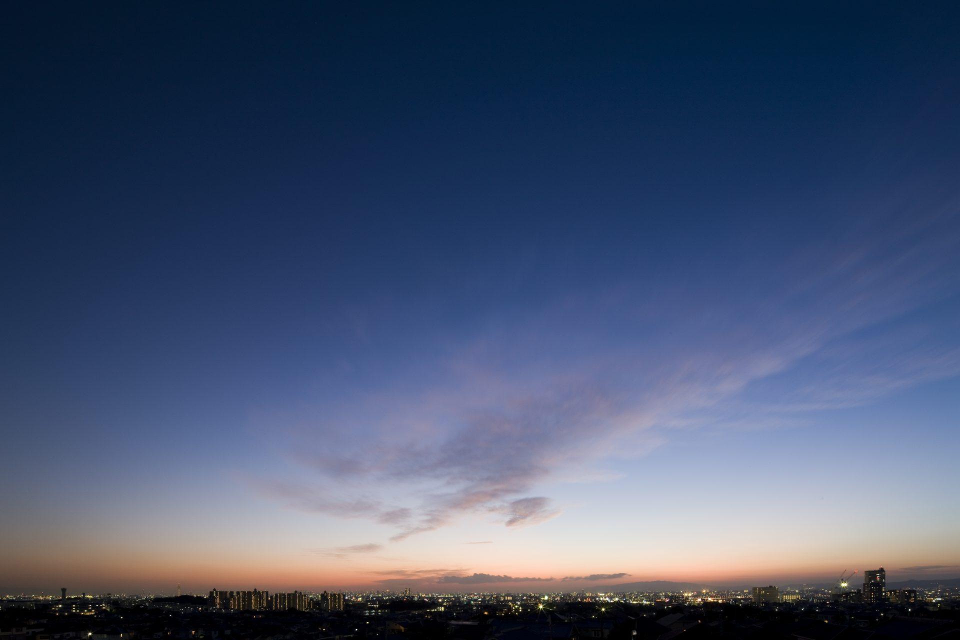大阪香里園の家の夜景