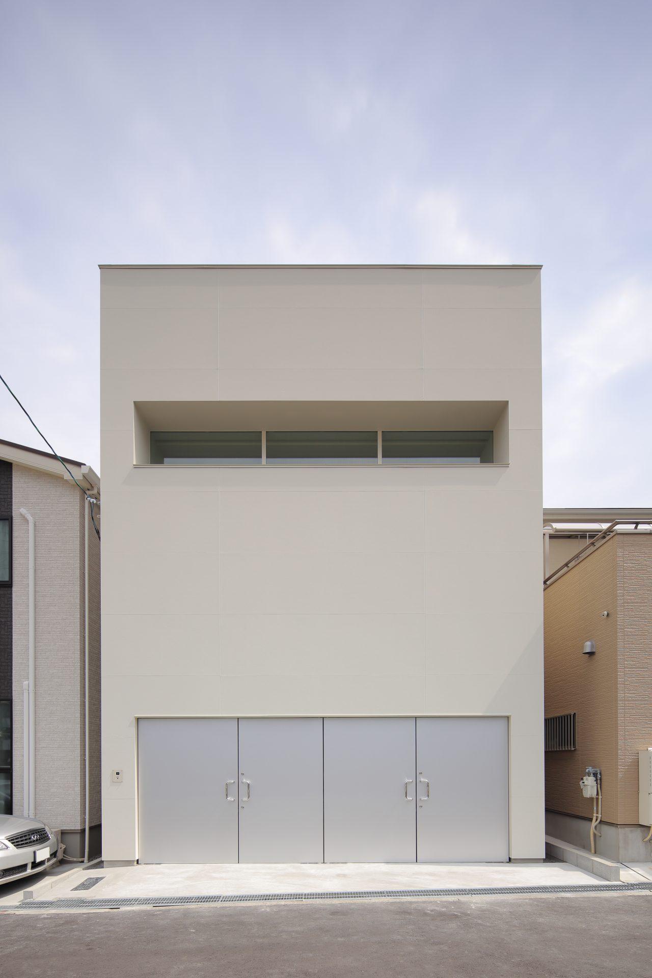 大阪美章園のガレージハウス|建築士の鉄骨造の注文住宅の外観