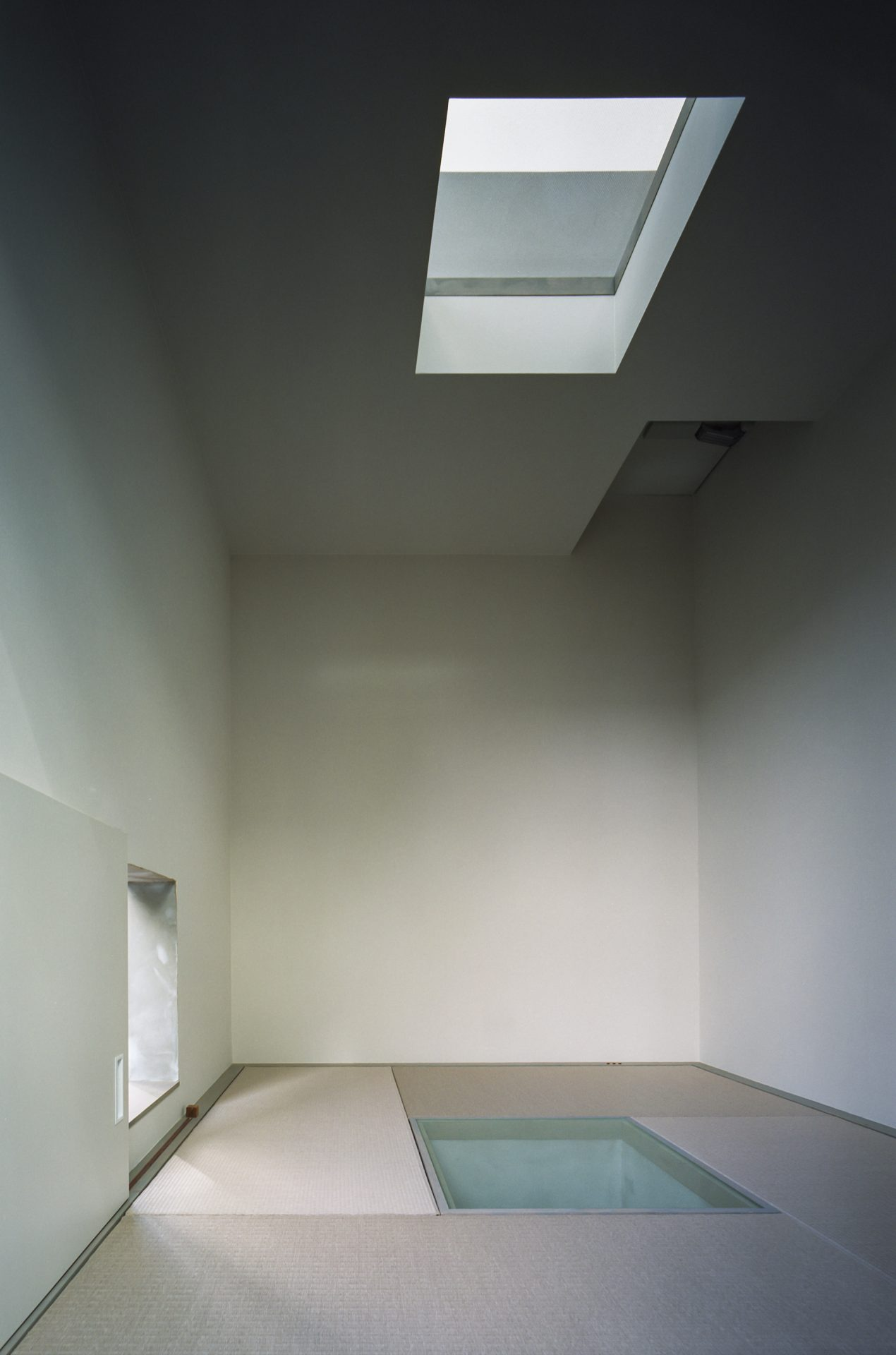 兵庫光のヴォイドのある家の畳室01