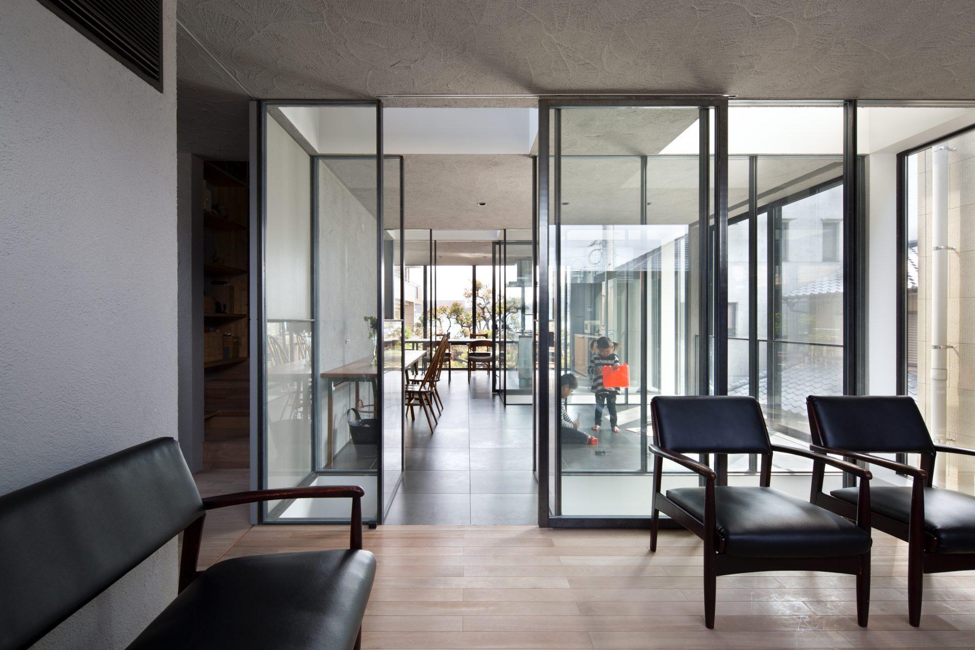 徳島3世帯の家の2階リビング01