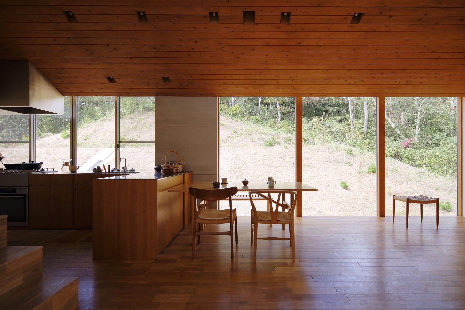 兵庫神戸北の家のダイニングキッチン01