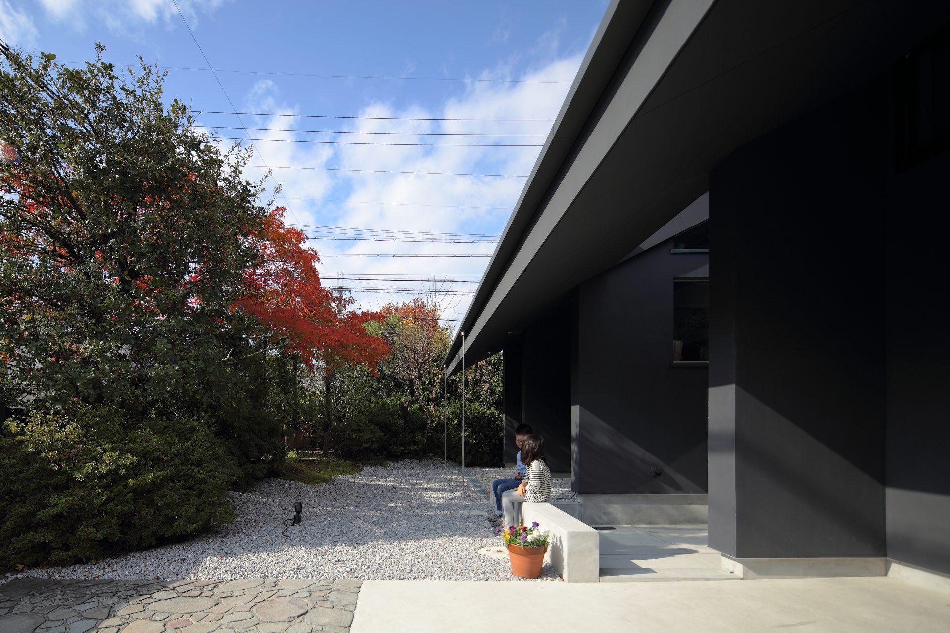 奈良片流れの家の外観03