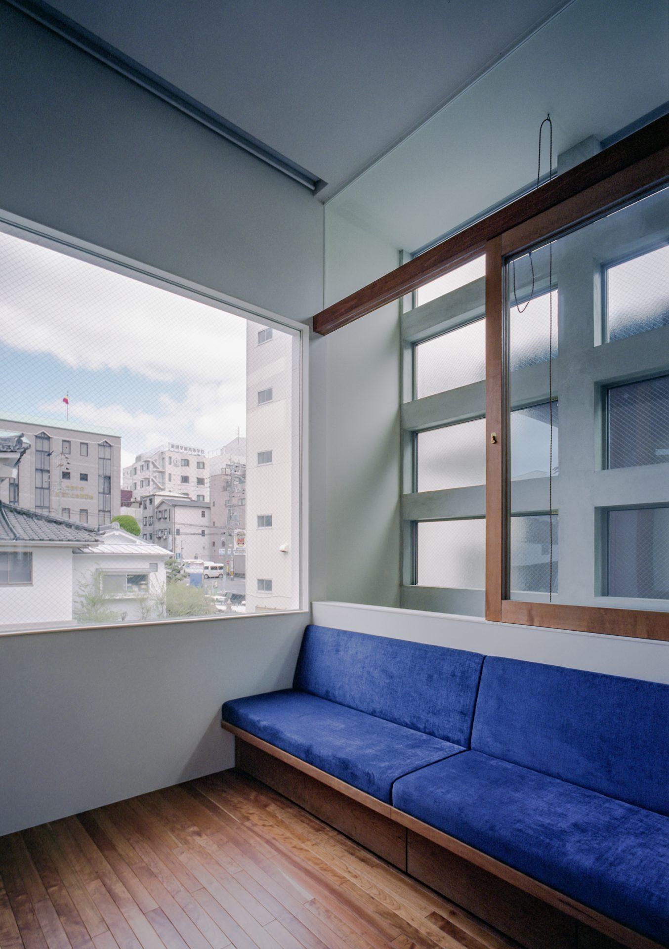 大阪上本町の家のリビング01