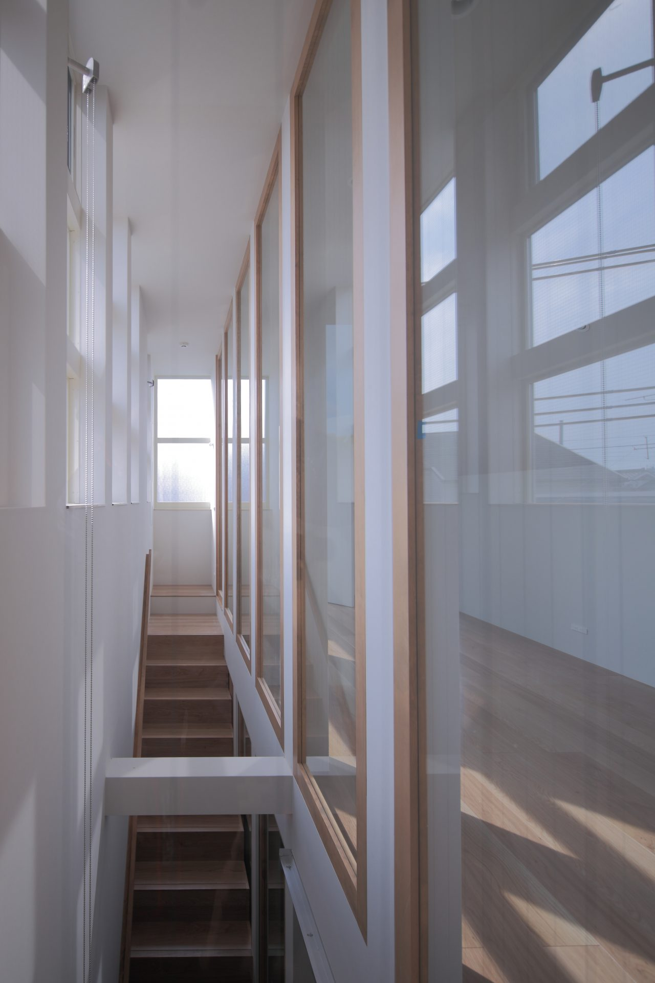 兵庫塚口の家の階段01