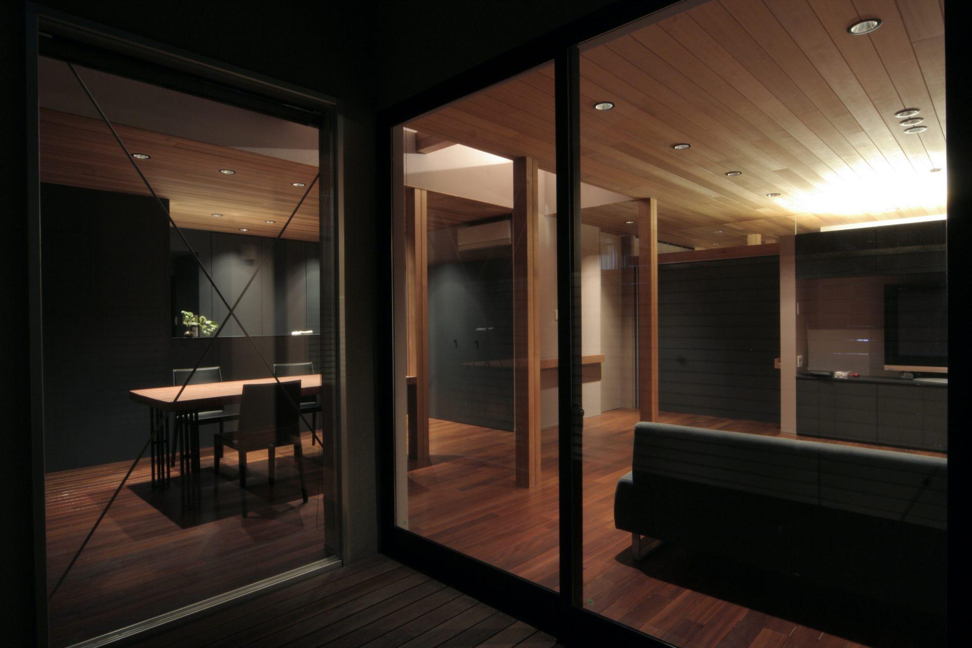 大阪弥刀の家のバルコニー01