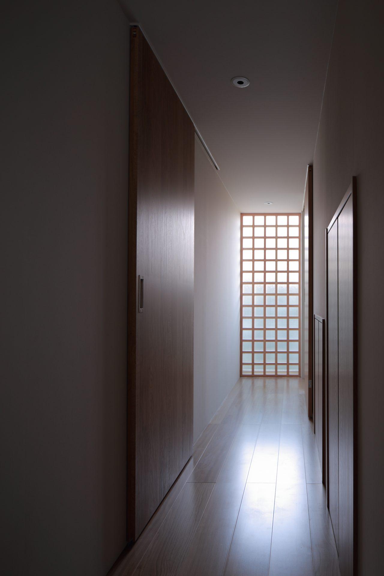 兵庫塚口の家の廊下