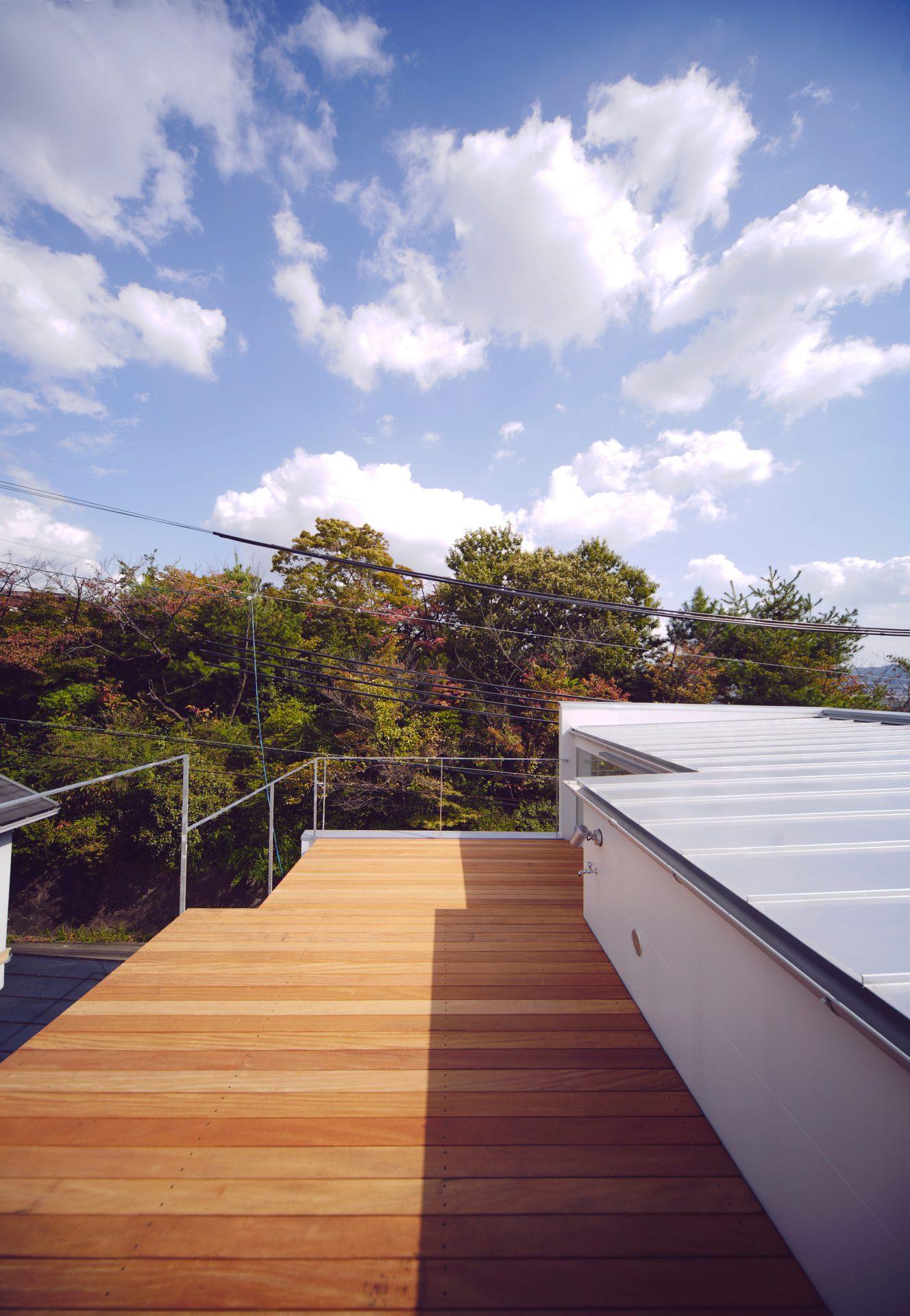 大阪香里園の家の屋上01