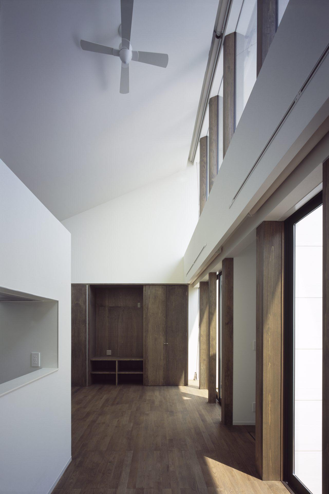 奈良大和郡山の家のリビング04