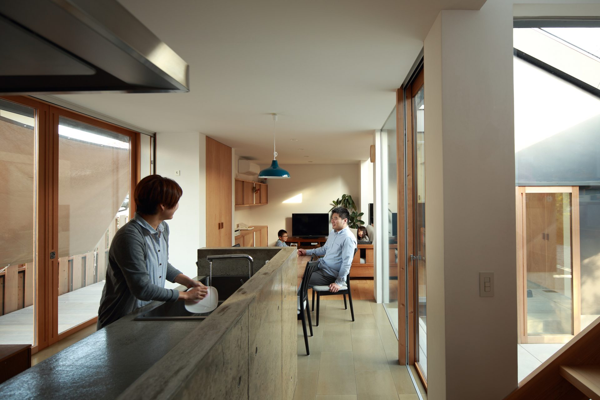 奈良片流れの家のキッチン