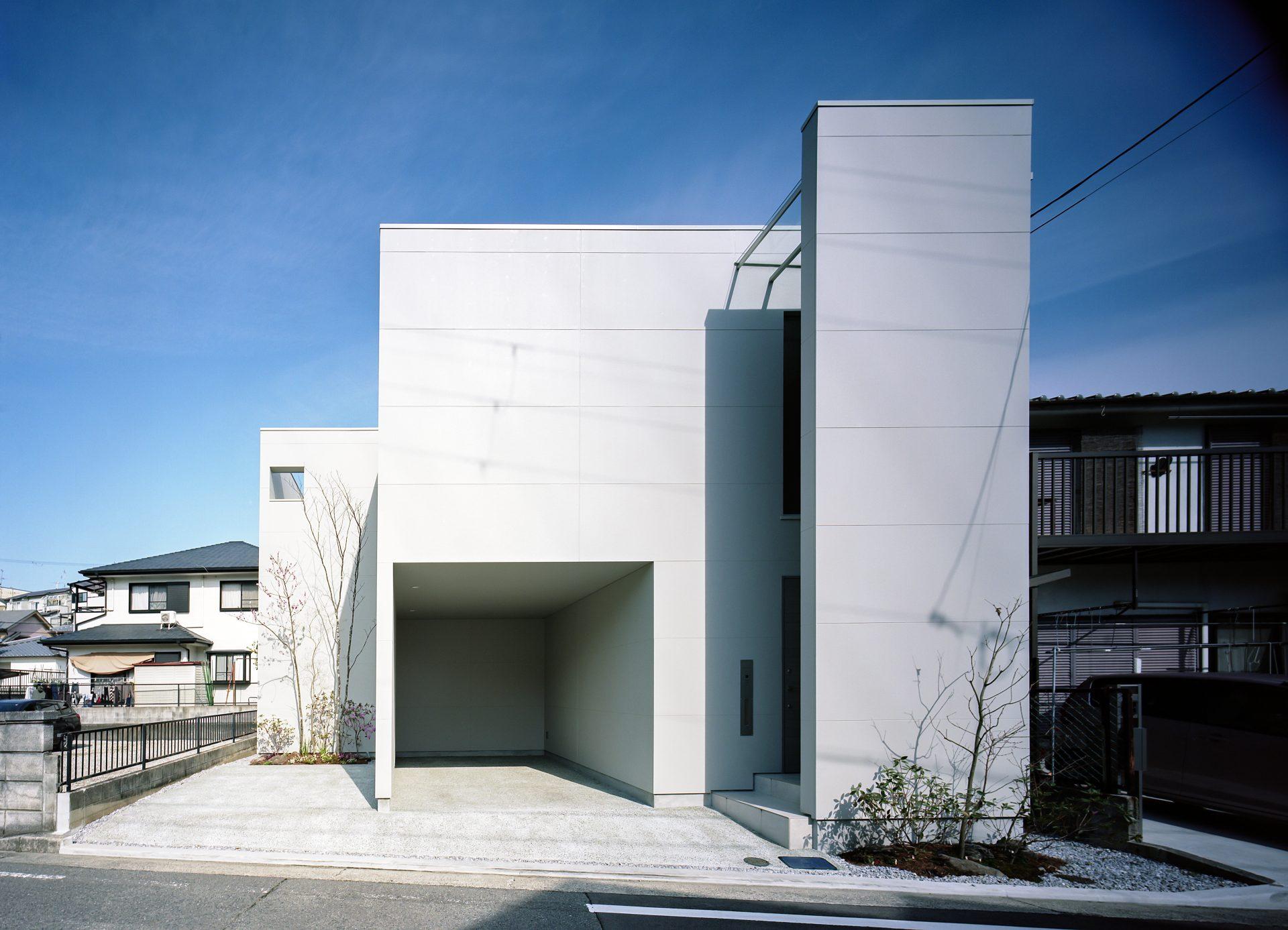 大阪河内長野のコートハウスの外観