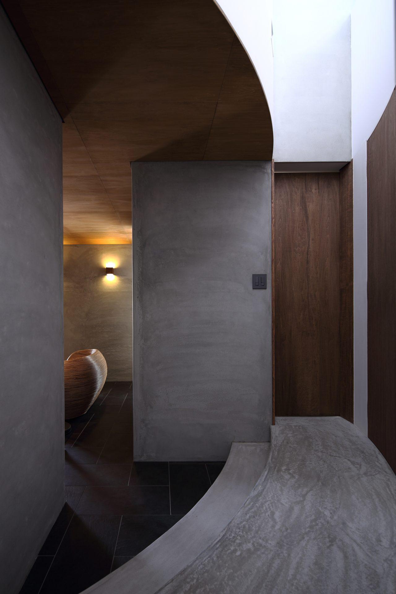広島福山の家の廊下01
