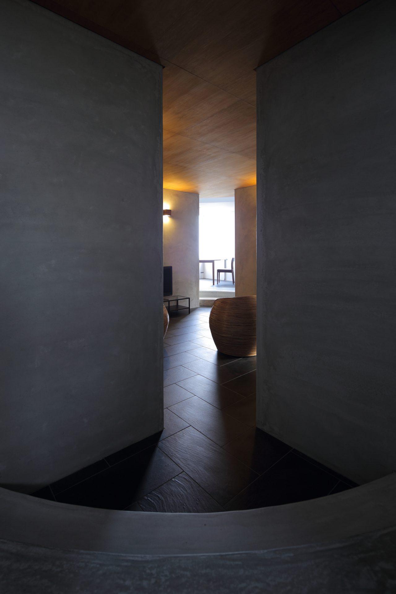広島福山の家の廊下02