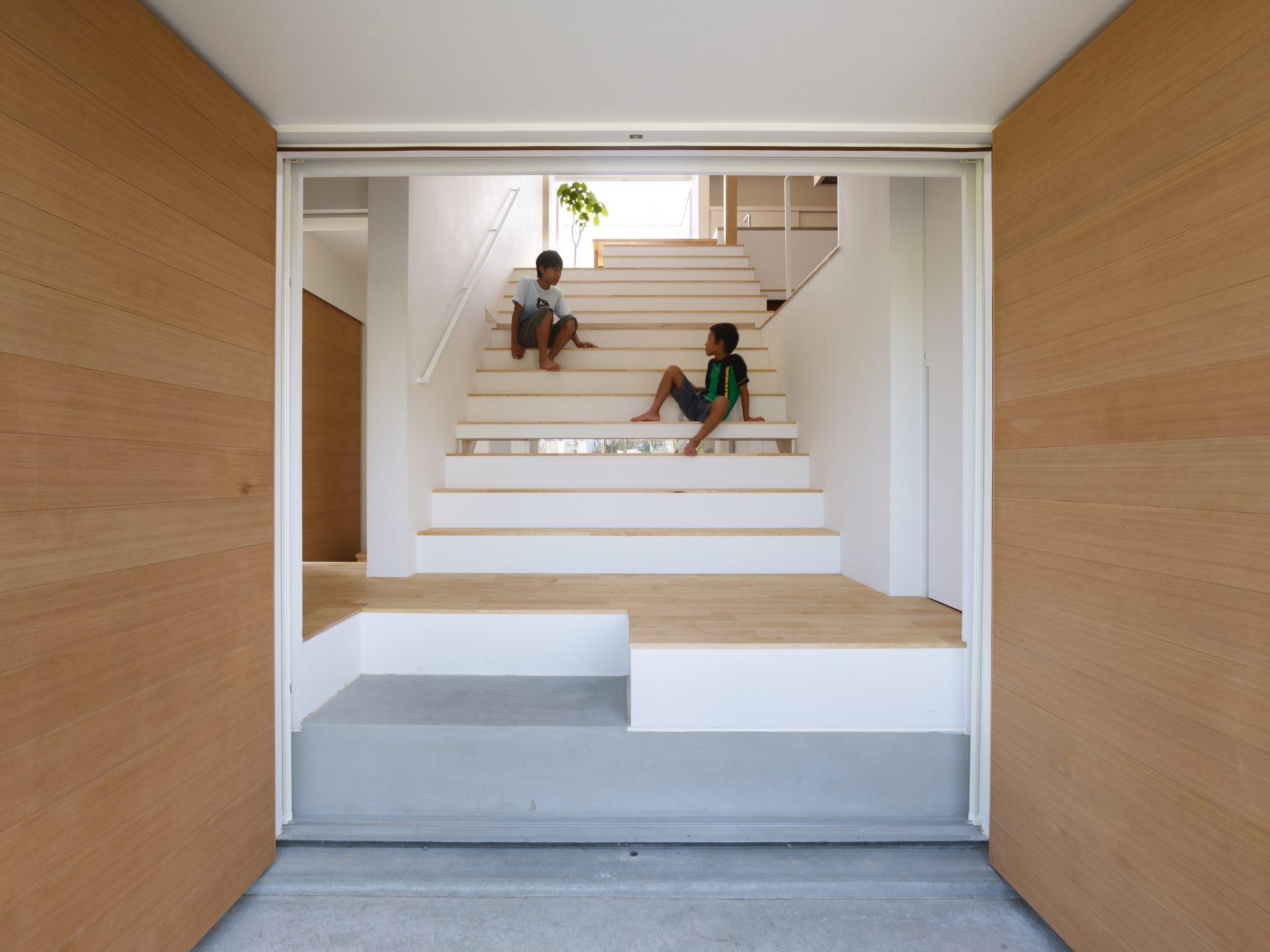 石川白山の家の玄関