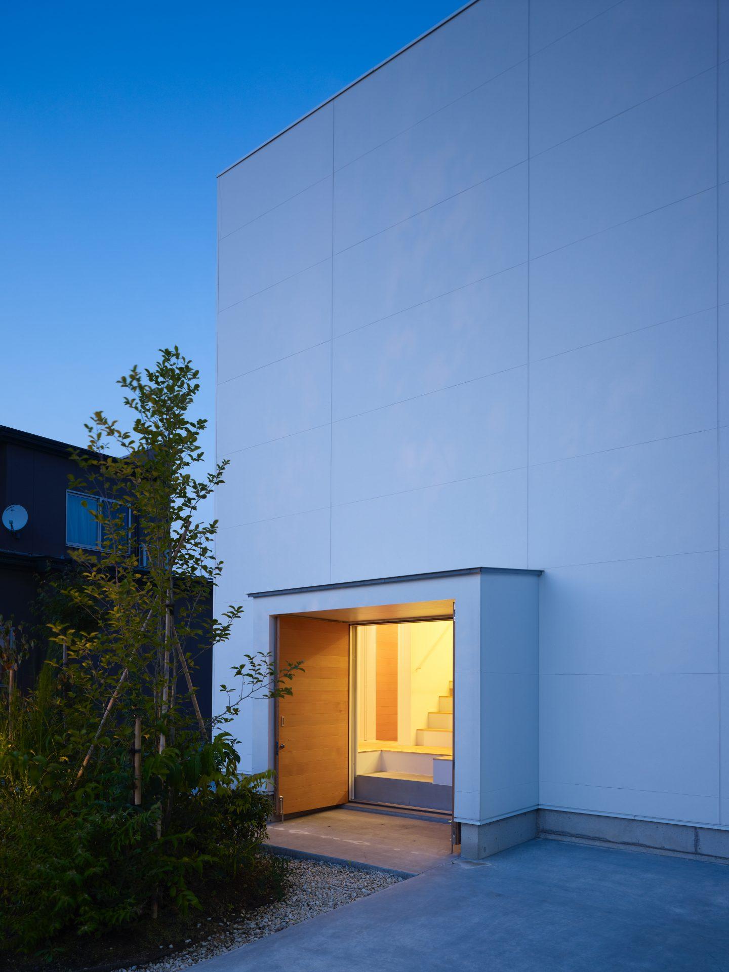 石川白山の家の外観(夜景)