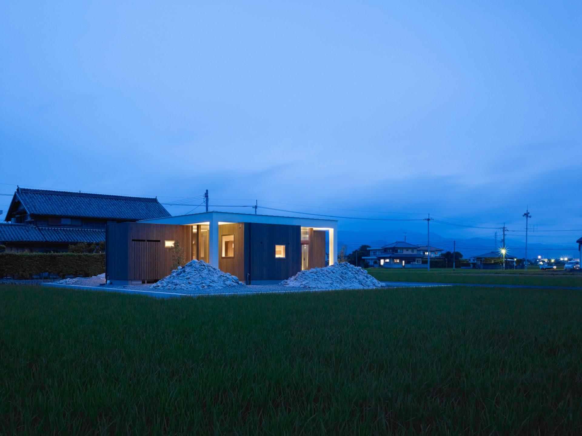 徳島羽ノ浦の家の外観(夜景)