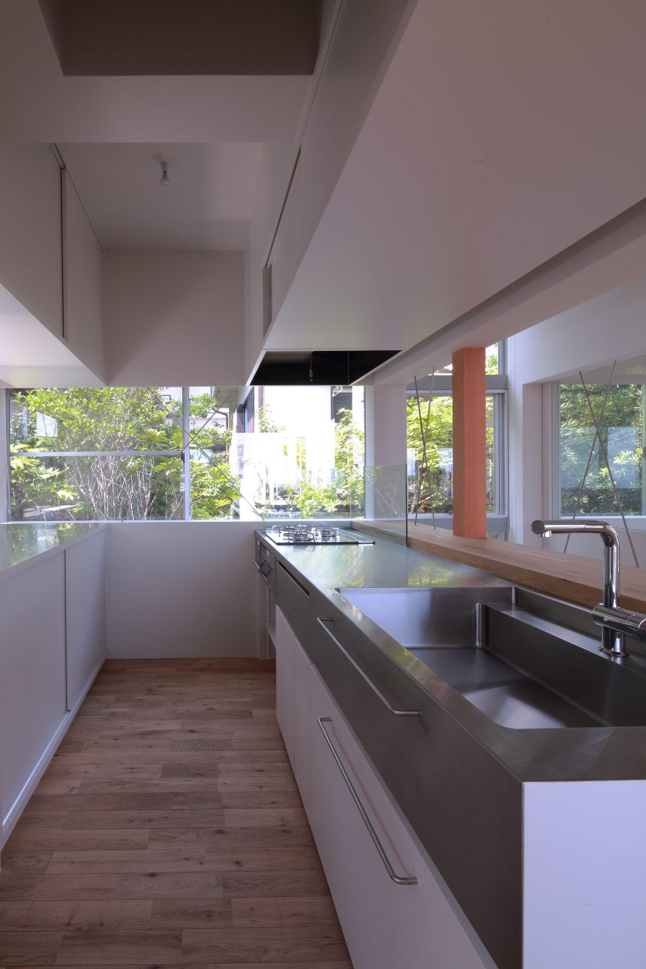 兵庫甲陽園の家のキッチン