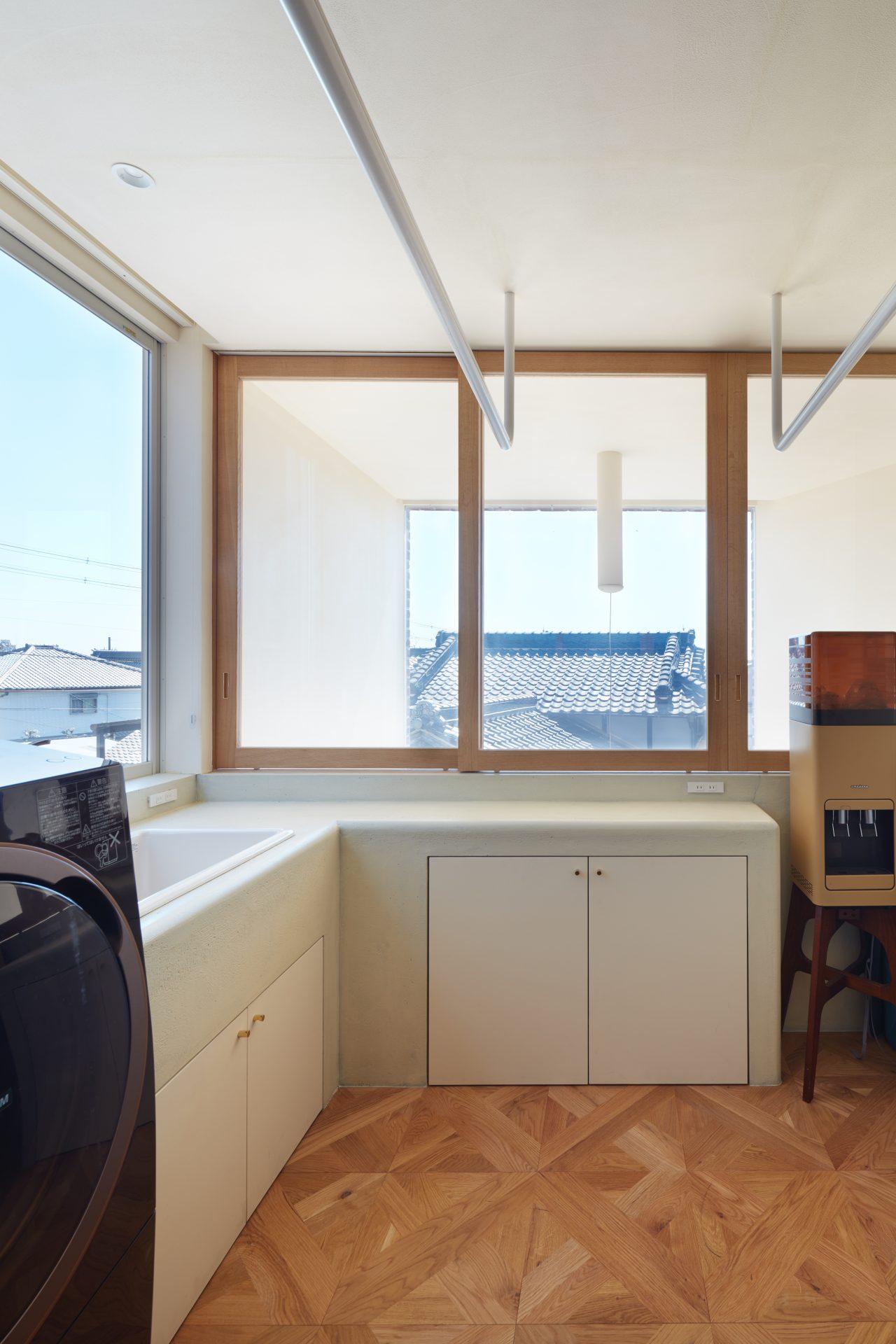 大阪帝塚山の家の洗面室2