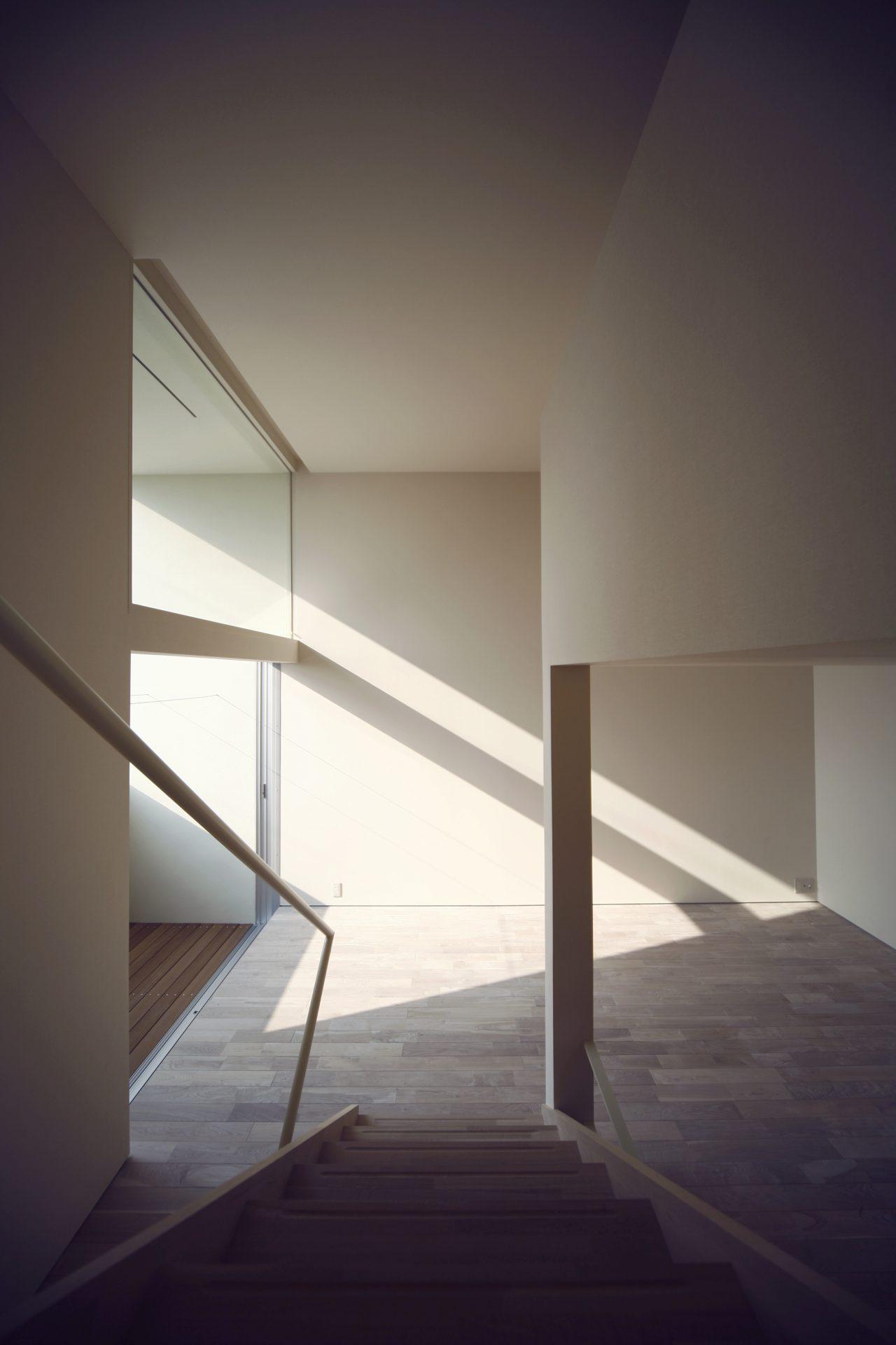 大阪和泉の家の階段02
