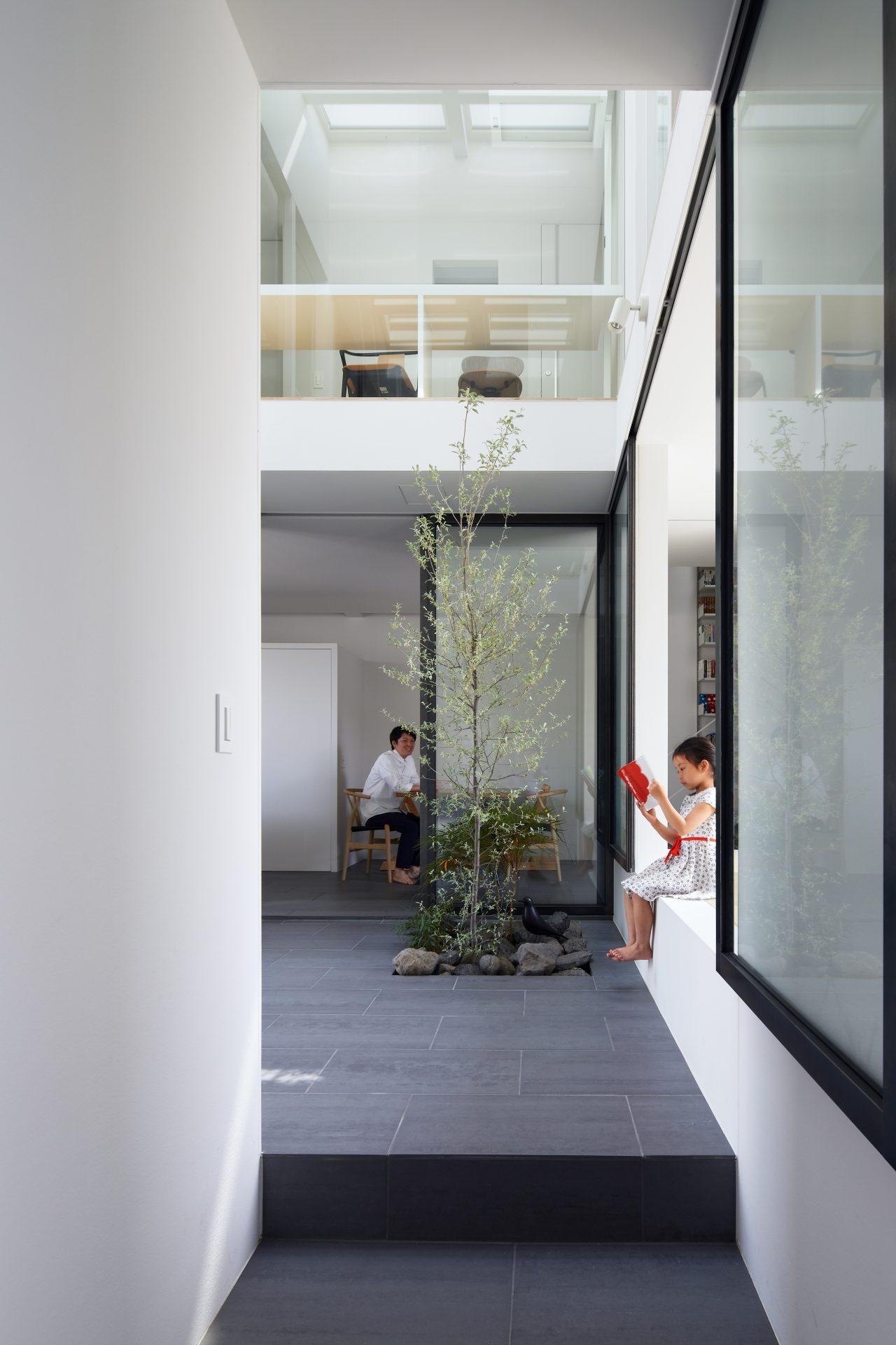 兵庫甲陽園サンルームのある家のサンルーム01