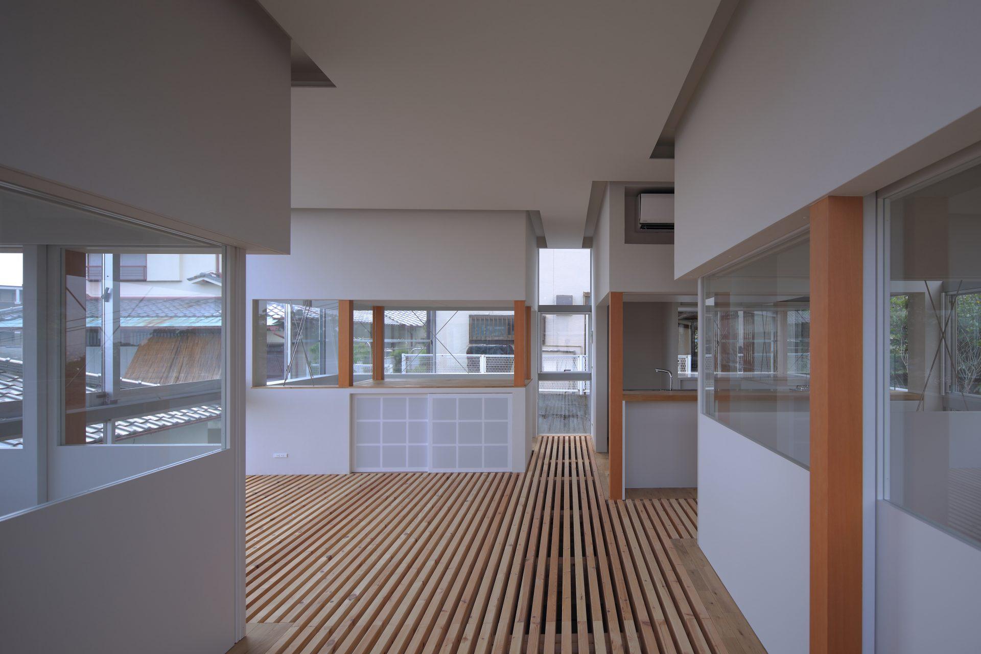 兵庫甲陽園の家のリビング02