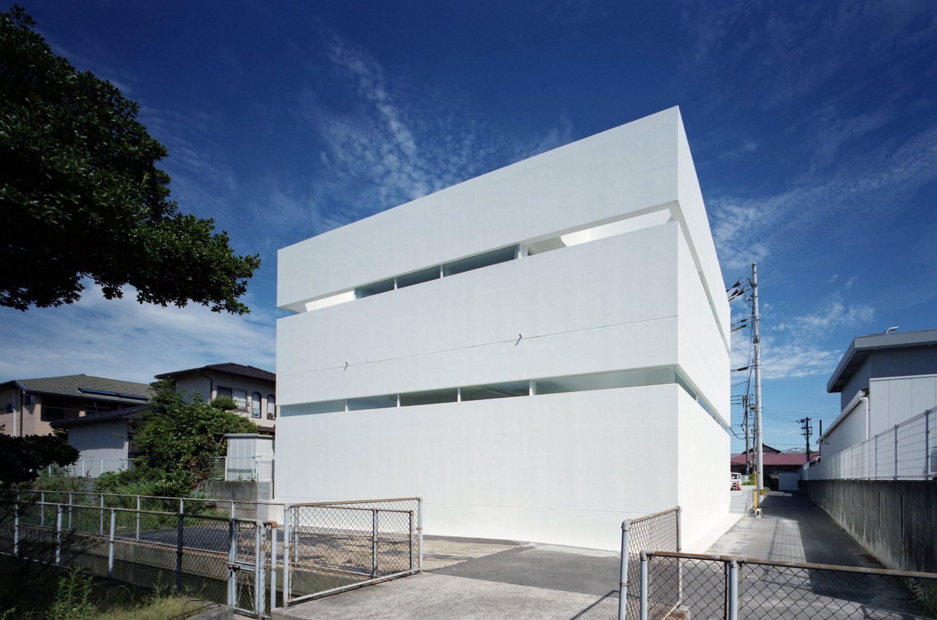 香川高松のガレージハウスの外観03