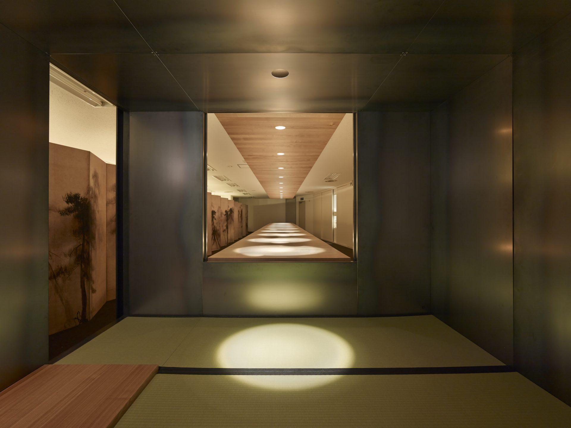 大阪松原の家の鉄の茶室04