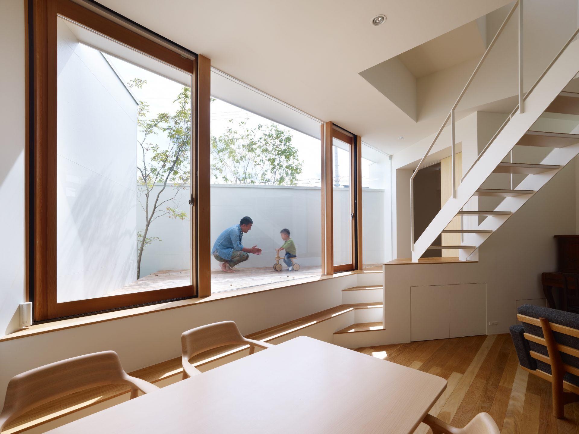 大阪箕面の家のLDK02