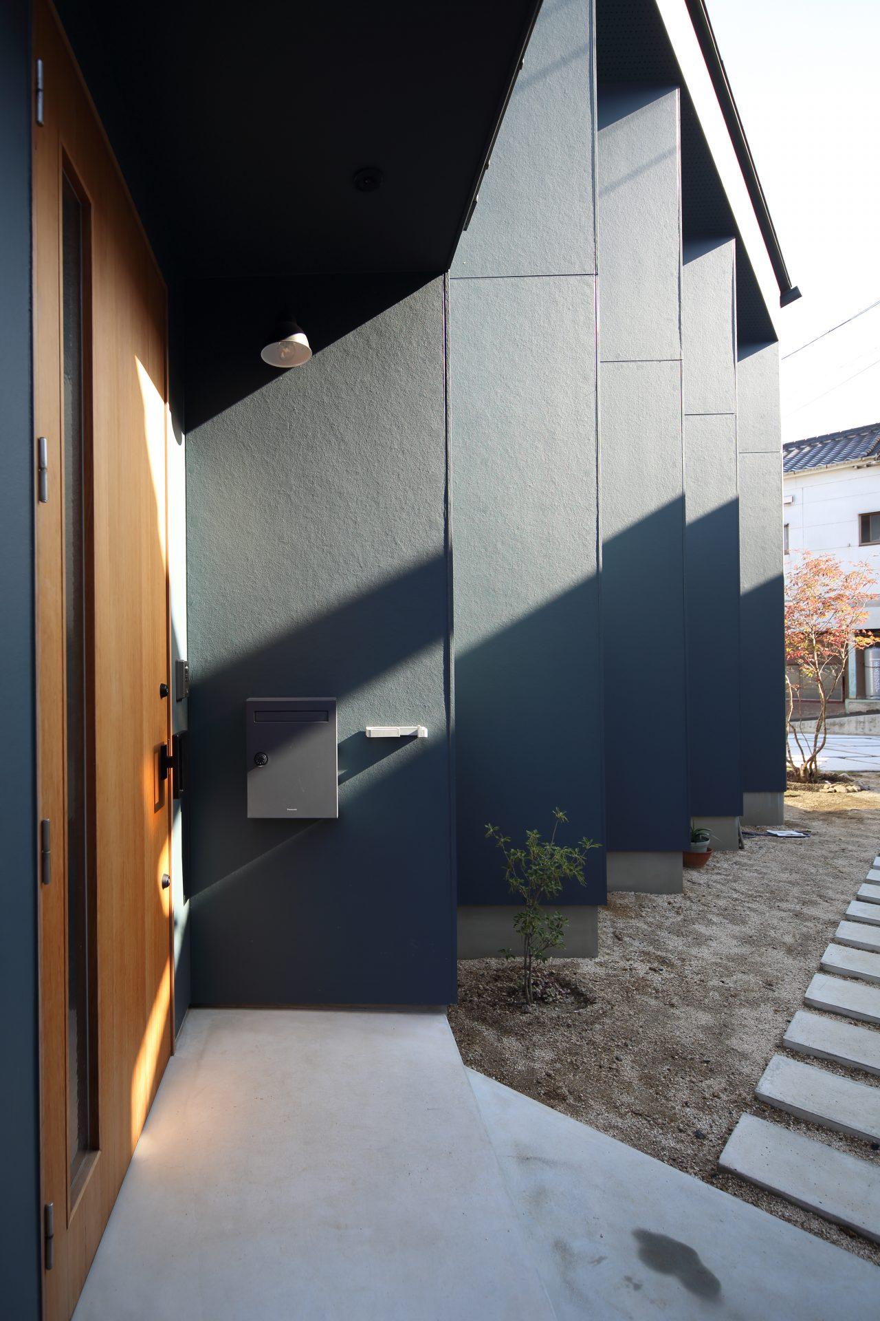 京都向日の家の玄関