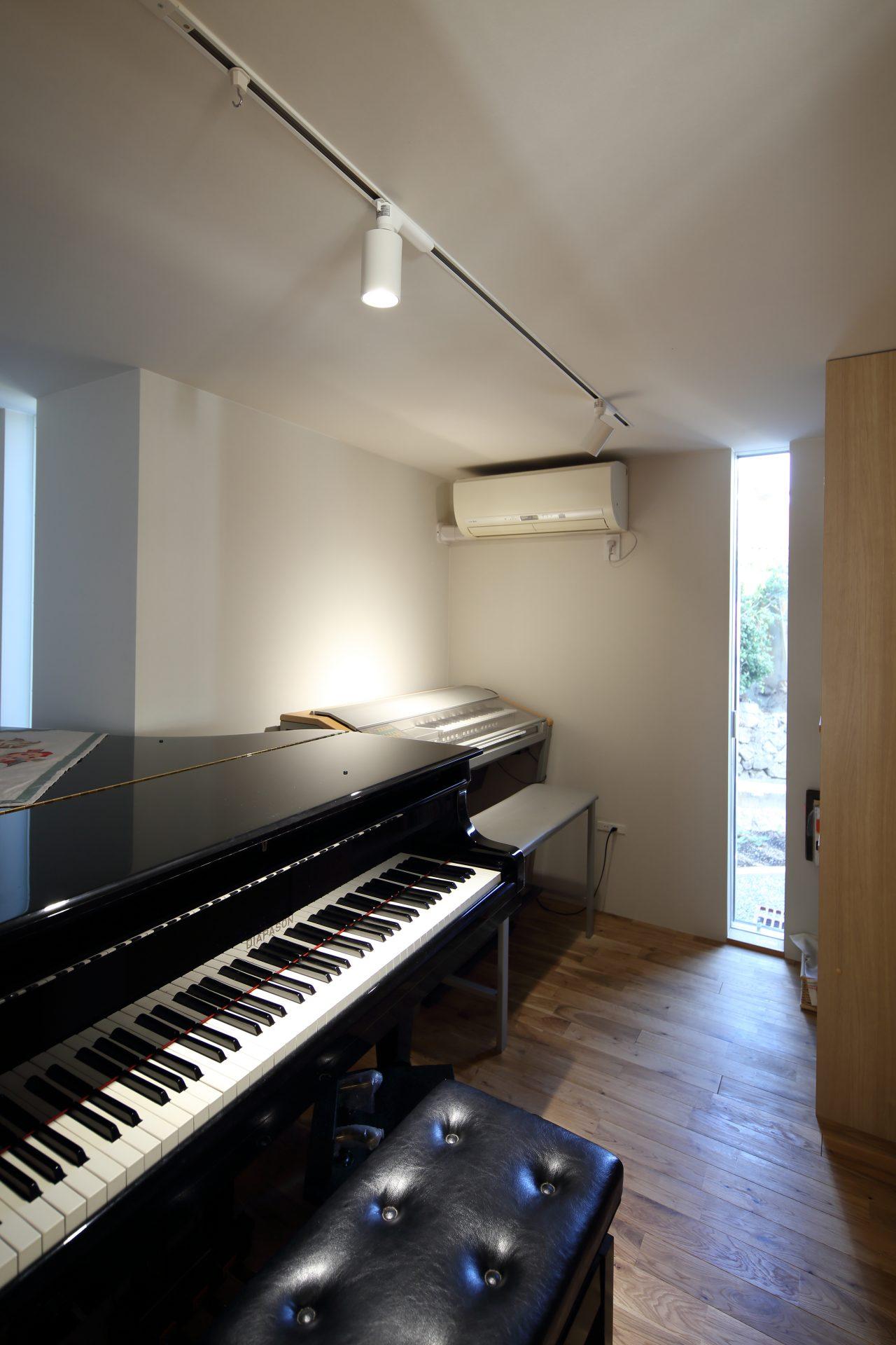 京都向日の家の音楽室