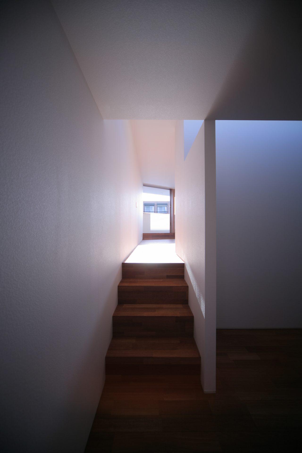 大阪百舌鳥の家の階段