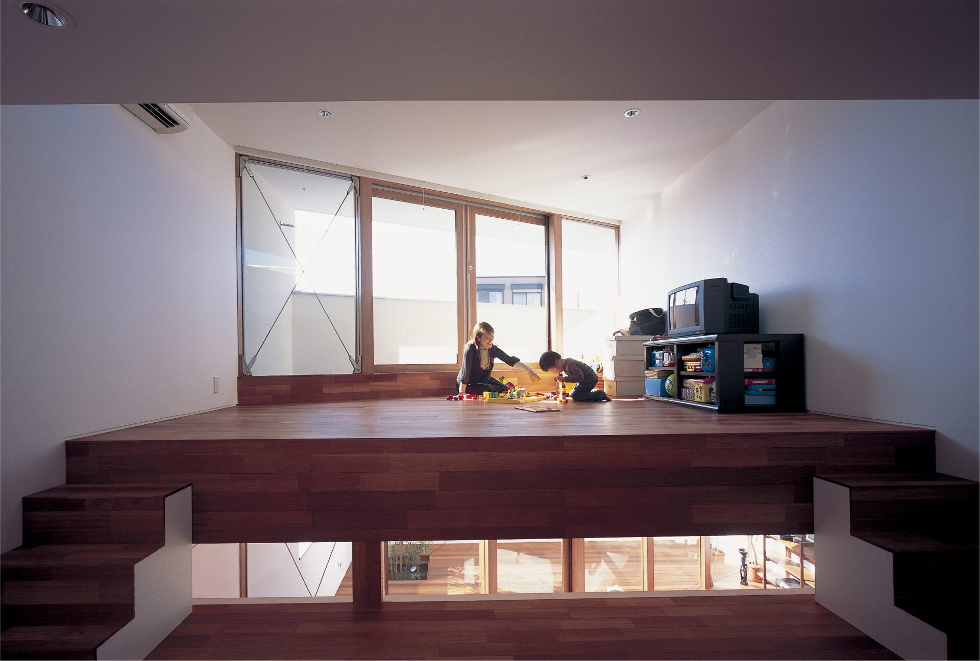 大阪百舌鳥の家のスキップフロア01