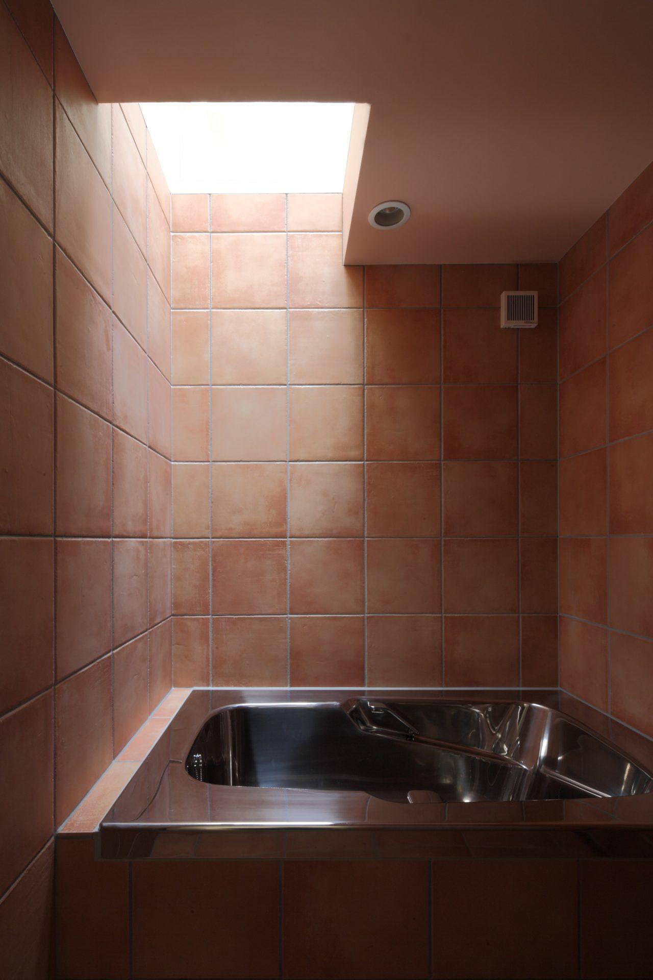 徳島那賀川の家の浴室