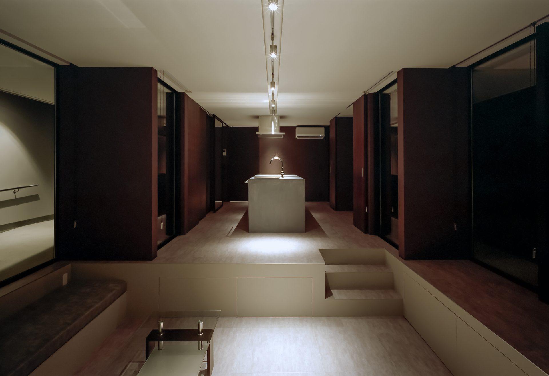 徳島鳴門の家のリビング(夜景)