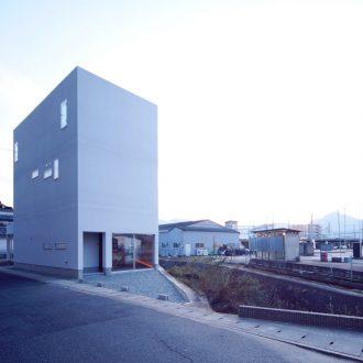 奈良五位堂の店舗兼住宅の外観1