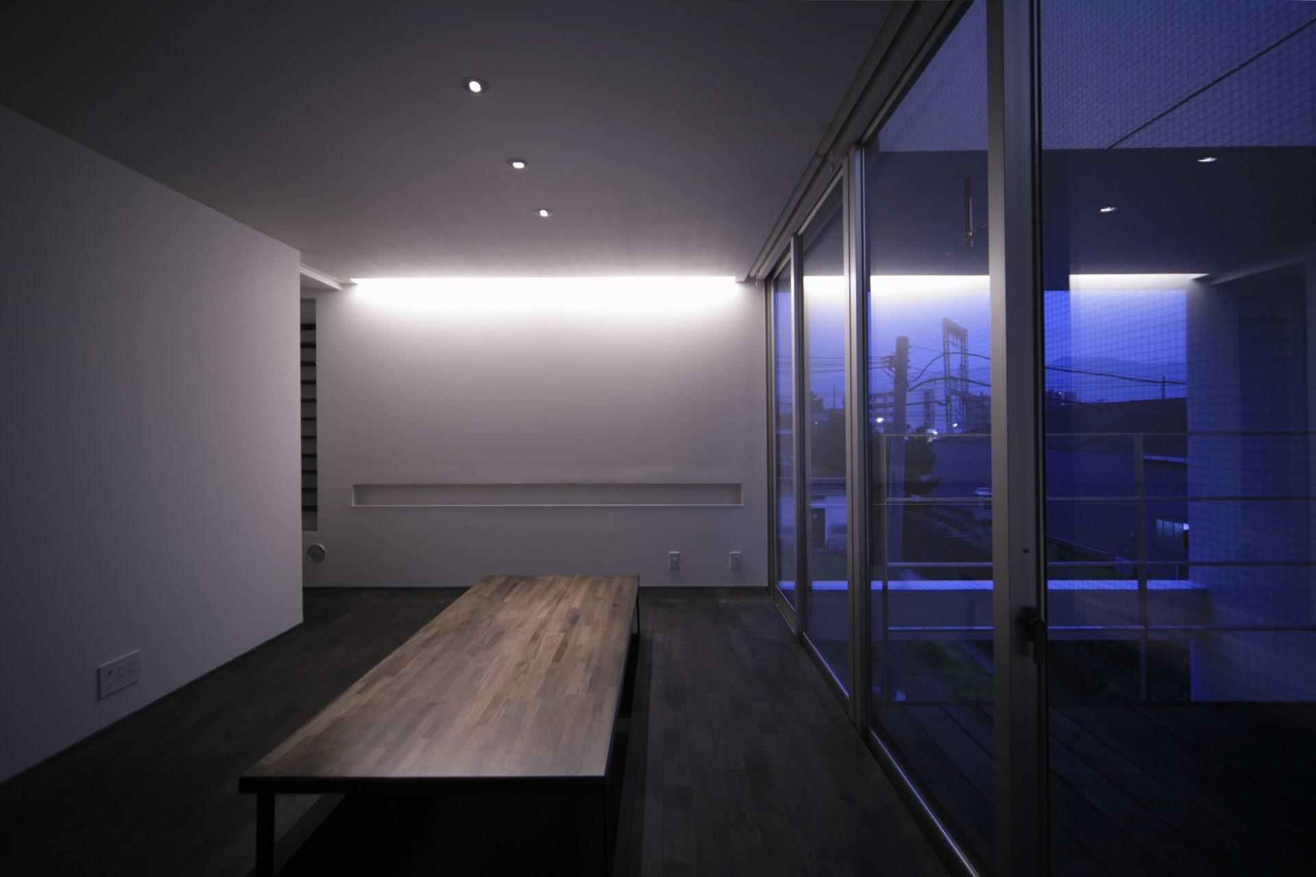 奈良五位堂の店舗兼住宅のLDK(夜景)02