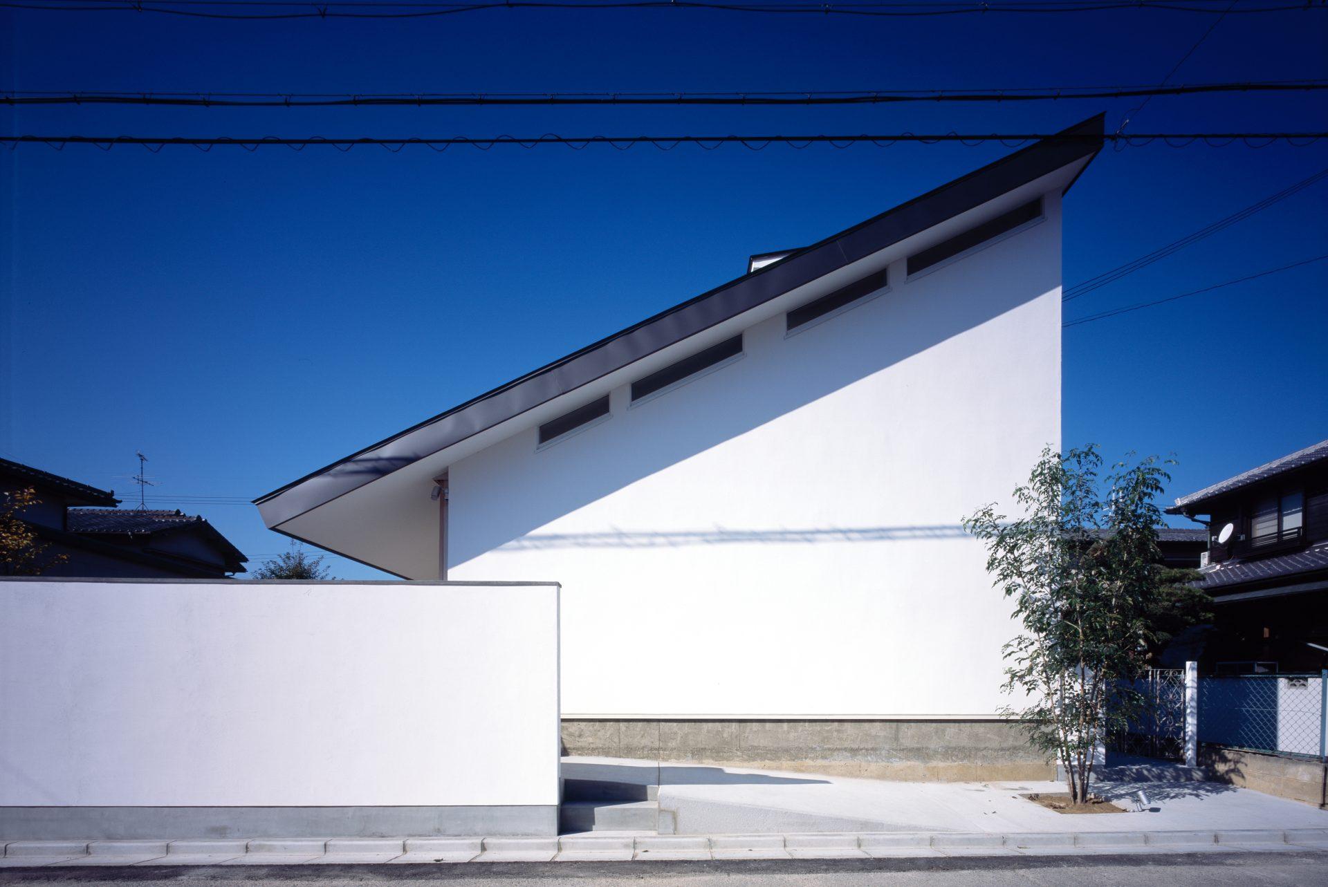 奈良四条大路の家の外観01