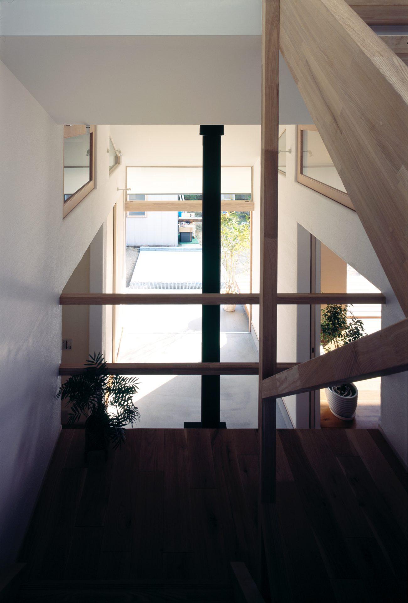 奈良四条大路の家の階段
